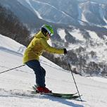 【自由なひとり旅へ】滞在中有効リフト券付だから!・・・非圧雪ゾーンも山頂の絶景コースも独り占め!心行くまで滑り倒せ!1泊2食