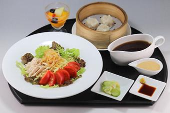夏野菜とチキンのイタリアントマトカレー